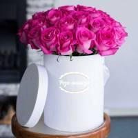 19 розовых роз в коробке R146